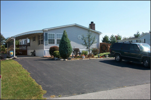 Beautiful manufactured home on lot in Fayetteville, PA with extra parking